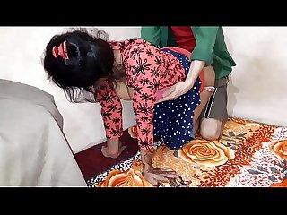 Baise indienne à la maison